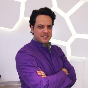 Dr Máximo Evia